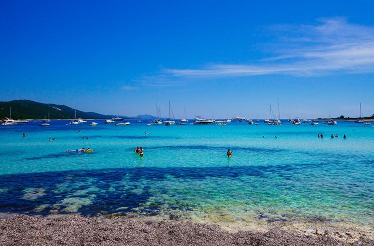 saharun-beach-2.jpg
